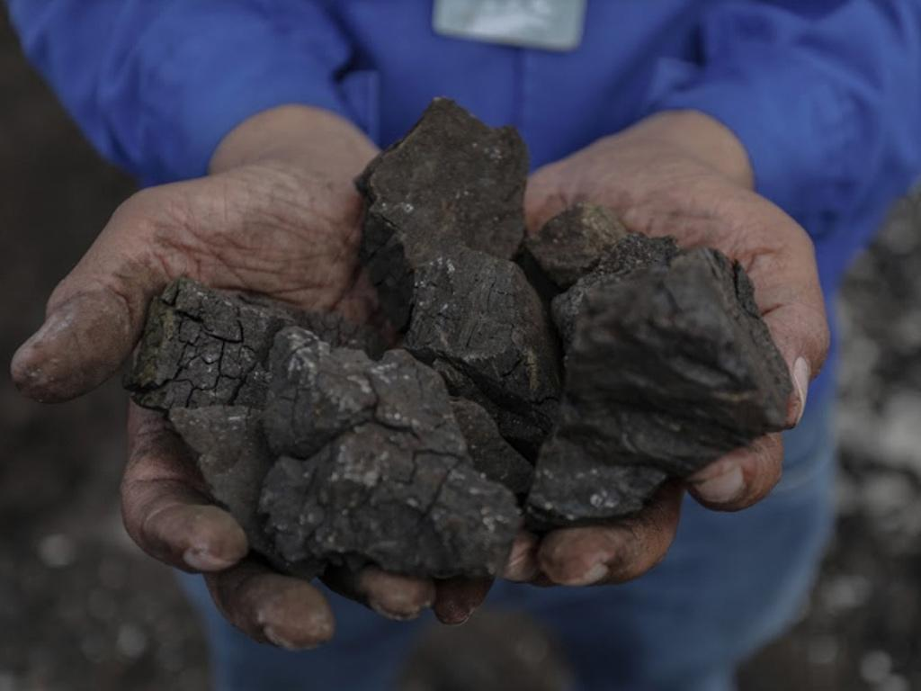 Mining (PT Jagat Hamparan Lestari Tambang)